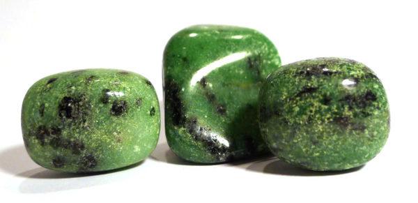 Green Zoisite Tumble Stone