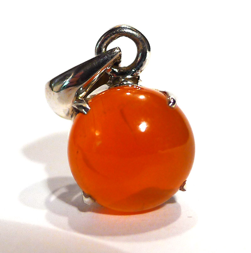 Carnelian and Silver Pendant, round cabuchon