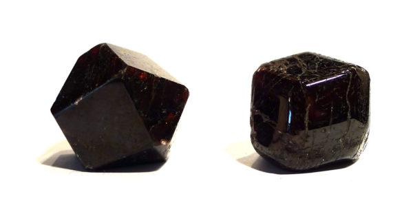Almandine Garnet, polished 1